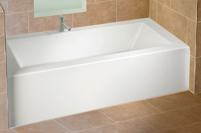 Alcove 39 S Modern Rectangular Bathtub With Integrated Tiling