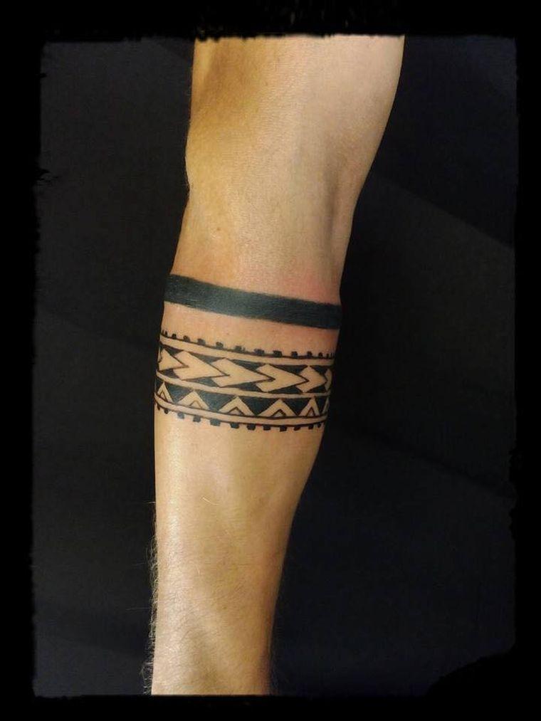 Maori Bracelet Tattoo: Pin On Tattoos