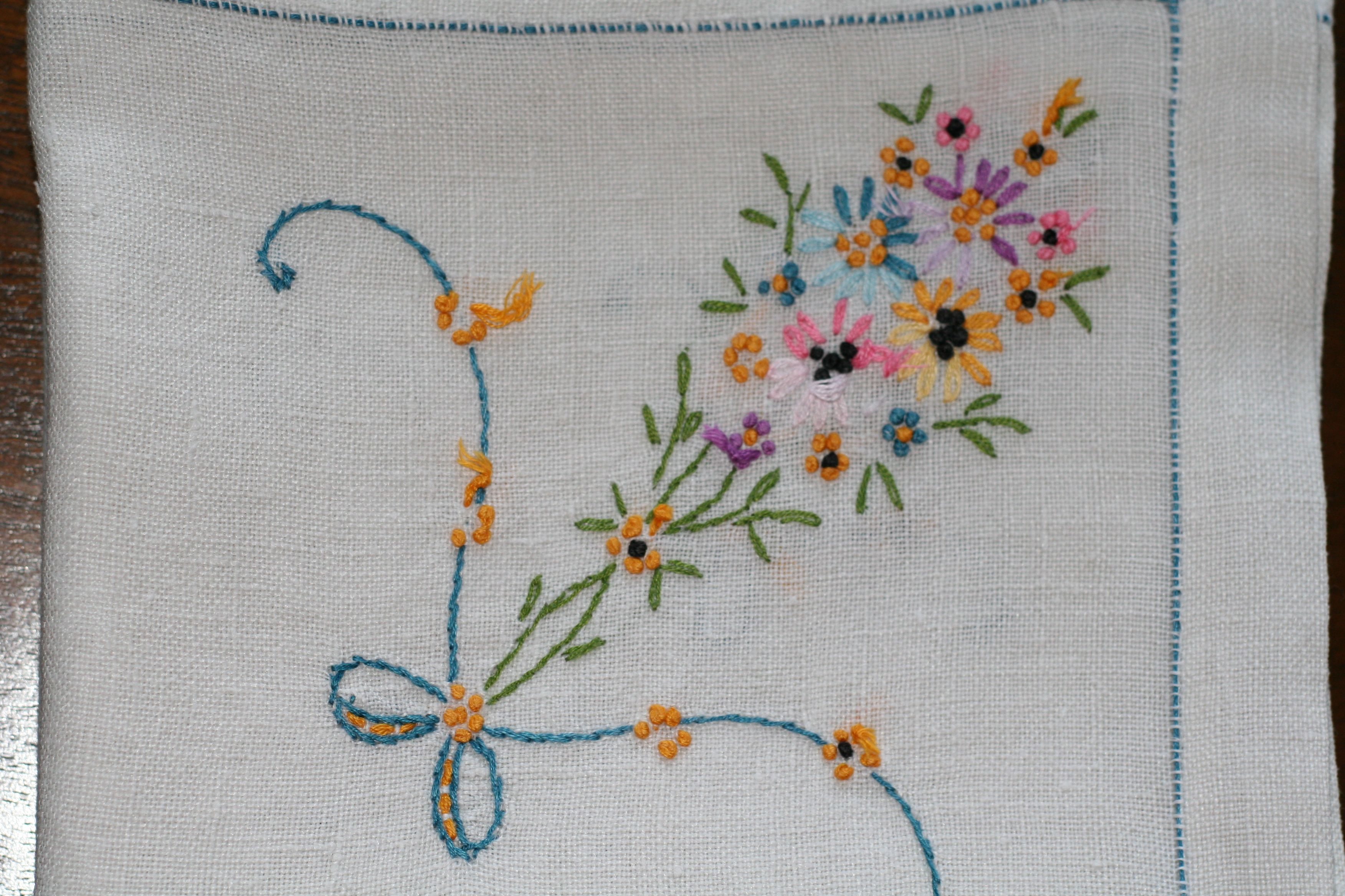 This stitched pattern is so cute embroiderycute but easy