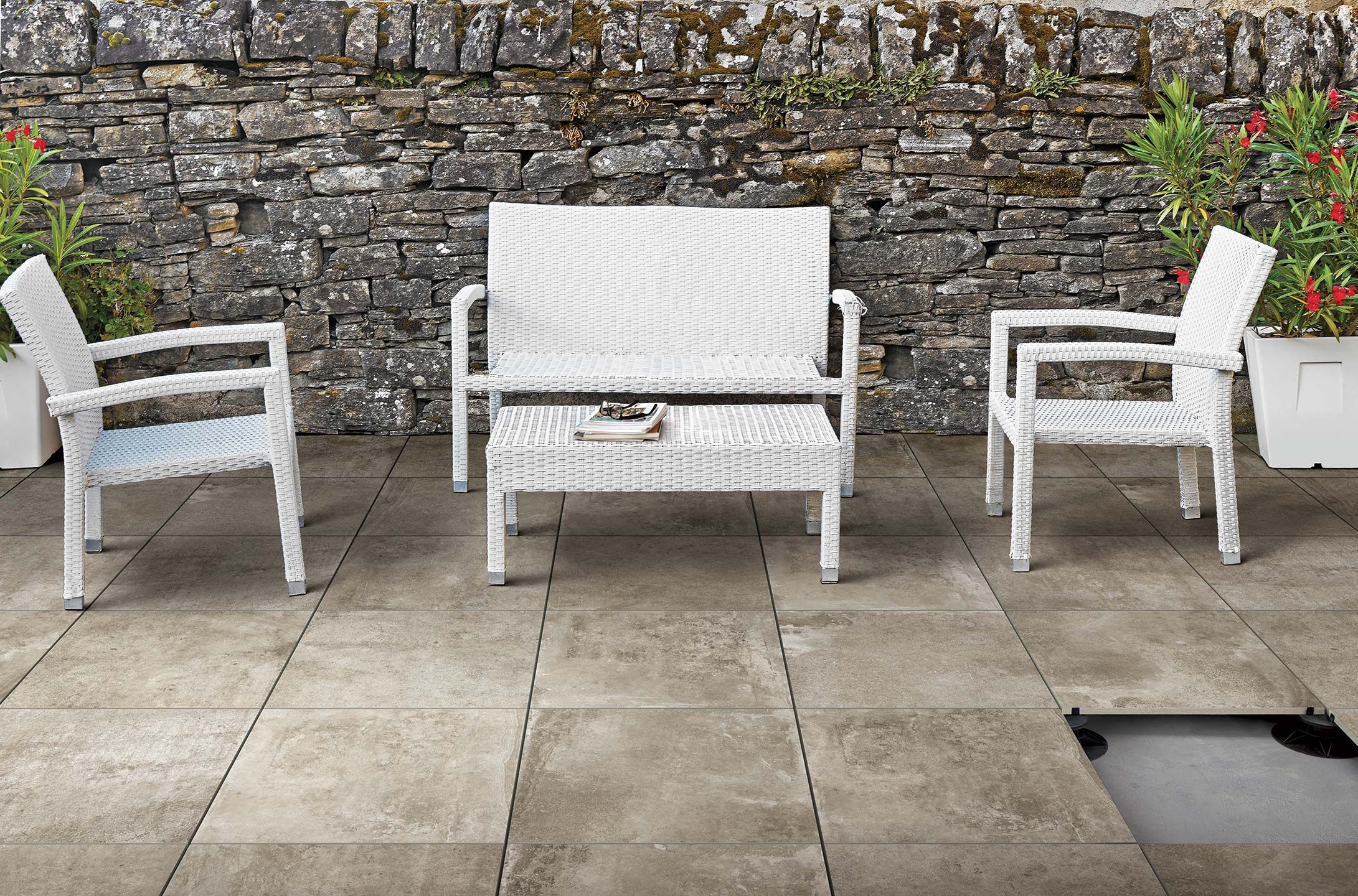 Chic Ceramic Porcelain Stone Tiles For Outdoor La Roche By