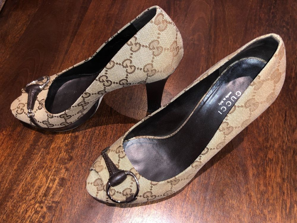 1c7fe7712ca Fashionable and Classic Brown Gucci Horsebit Heels Great Condition  fashion   clothing  shoes