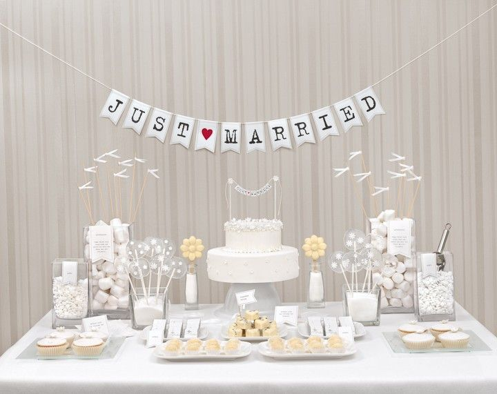 Candy-Bar All White Cake table, Wedding and Weddings - küchenbuffet shabby chic