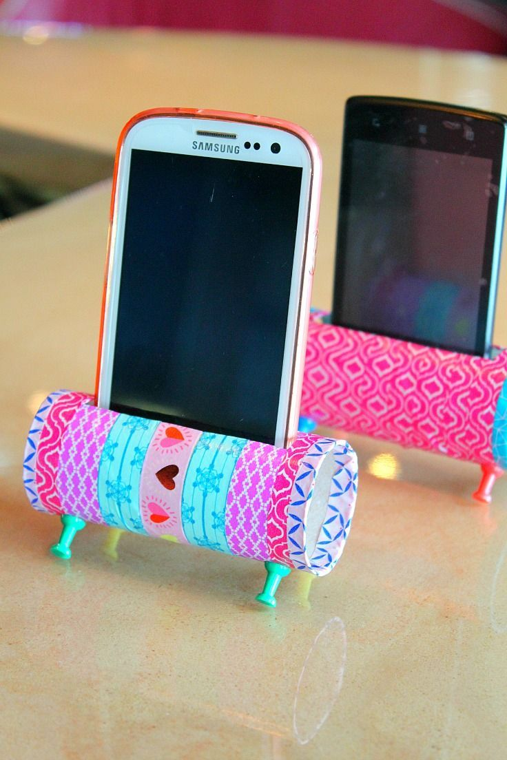 check out this easy diy phone holder a fun and easy way to reuse and recycle those toilet paper rolls