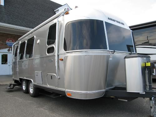Pin By Rv Registry On Travel Trailers Airstream Airstream