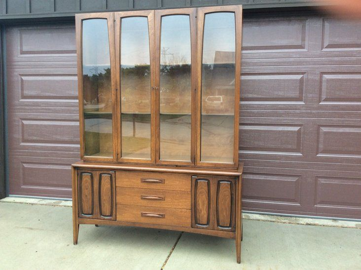 Vintage Broyhill Emphasis Credenza China Cabinet | Credenza, China ...