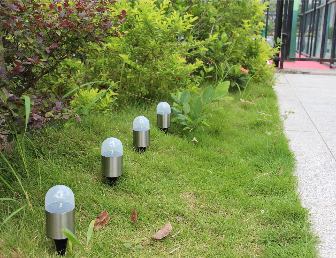AmazonOnly 11.49 on UEasy 4 Pack Solar Garden Light