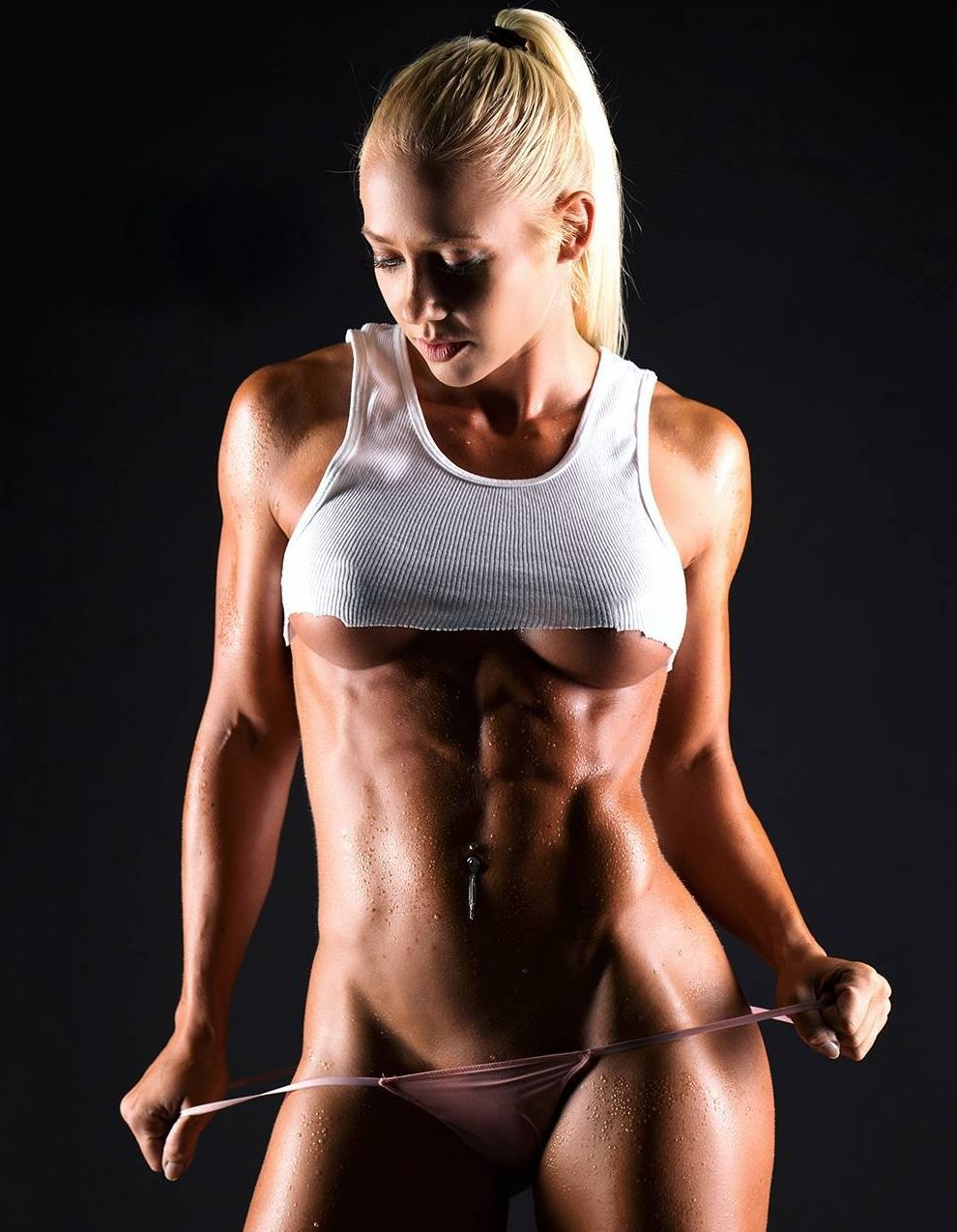 Nude Female Bodybuilders Like They Are