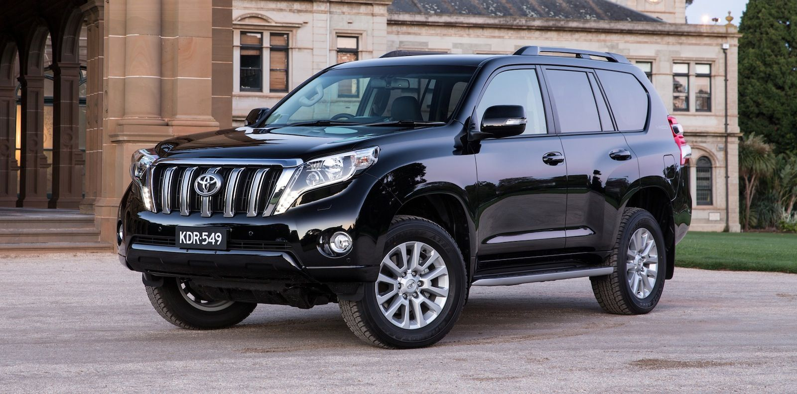 2016 toyota landcruiser prado 2 8l gxl manual review toyota land cruiser prado pinterest prado toyota and toyota land cruiser
