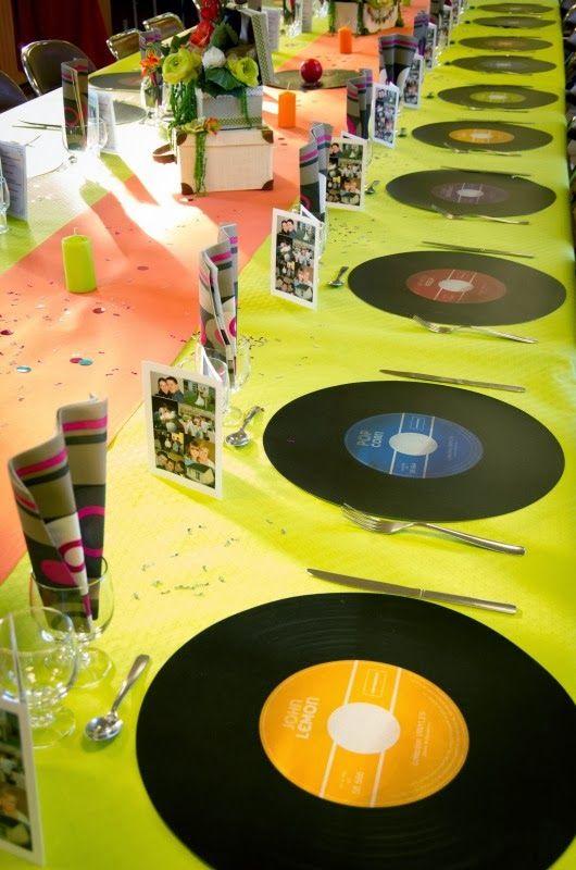 d co v nement d coration de table th me ann e 80 discos disco party and decoration. Black Bedroom Furniture Sets. Home Design Ideas