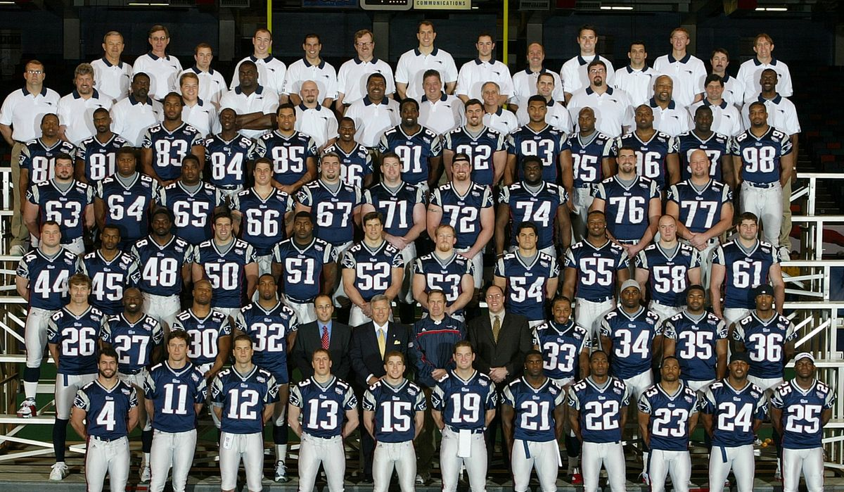 Only Three Players Remain From The 2001 Patriots The Boston Globe New England Patriots Players Patriots Cheerleaders New England Patriots