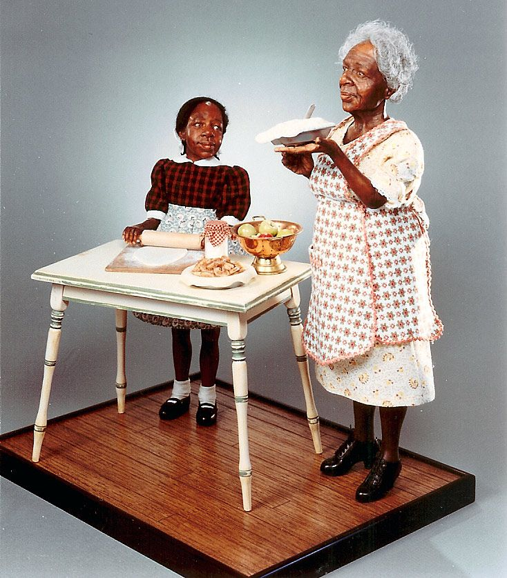 Dollhouse Miniatures In Las Vegas: Baking With Grandma Creager Studios …