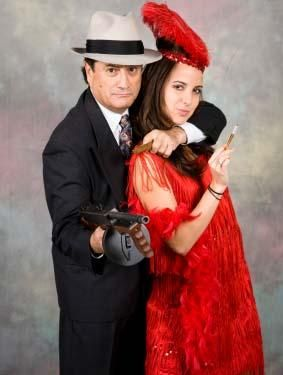 gangster/flapper couple costumes  sc 1 st  Pinterest & 7 DIY Famous Couples Halloween Costumes | Costumes Halloween ...