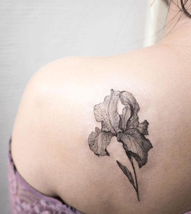 Iris Tatouage iris tattoo on the shoulder blade. | tattoo | pinterest | tattoos