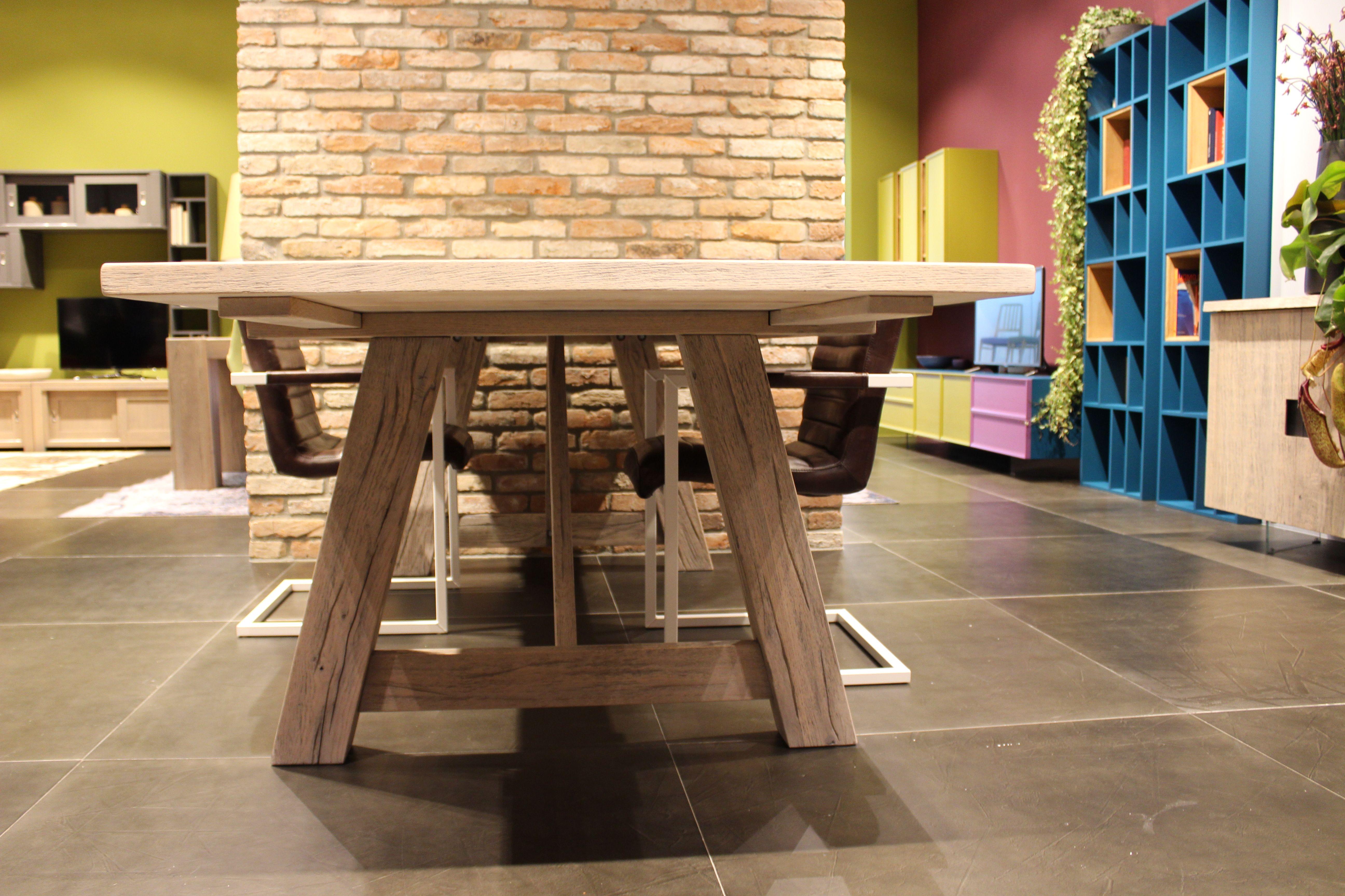 Wooden Table - Devina Nais