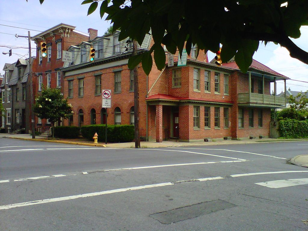 Frederick, Maryland Old houses, House styles, Plantation