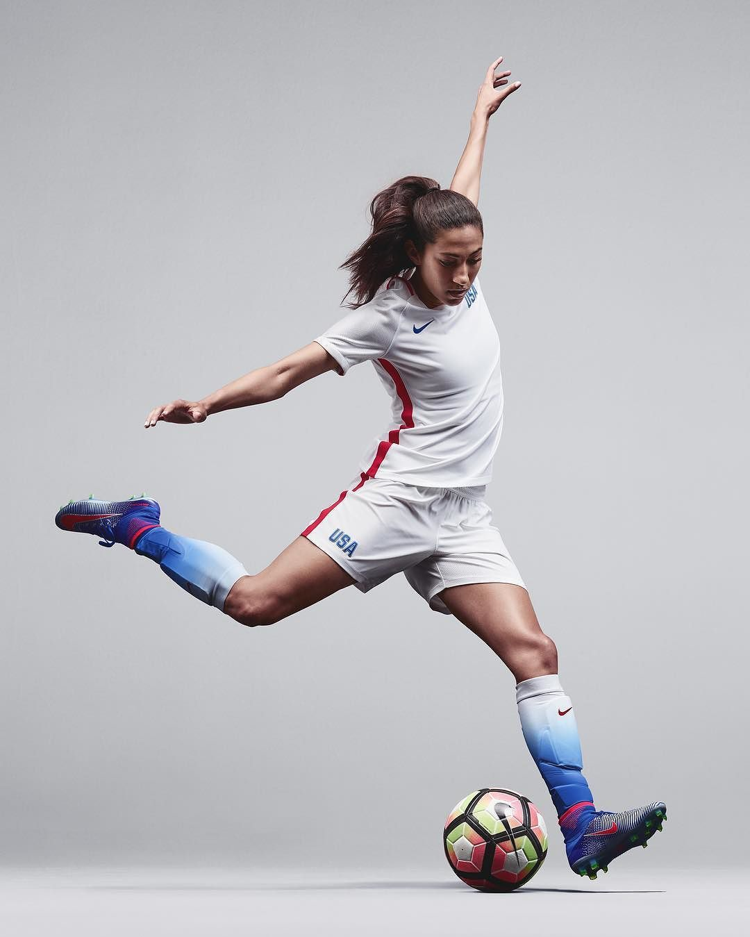 Ready Set Go Christenpress And The Uswnt S New Jersey From Nikefootball Available Now At The Link In T Soccer Poses Soccer Photography Usa Soccer Women
