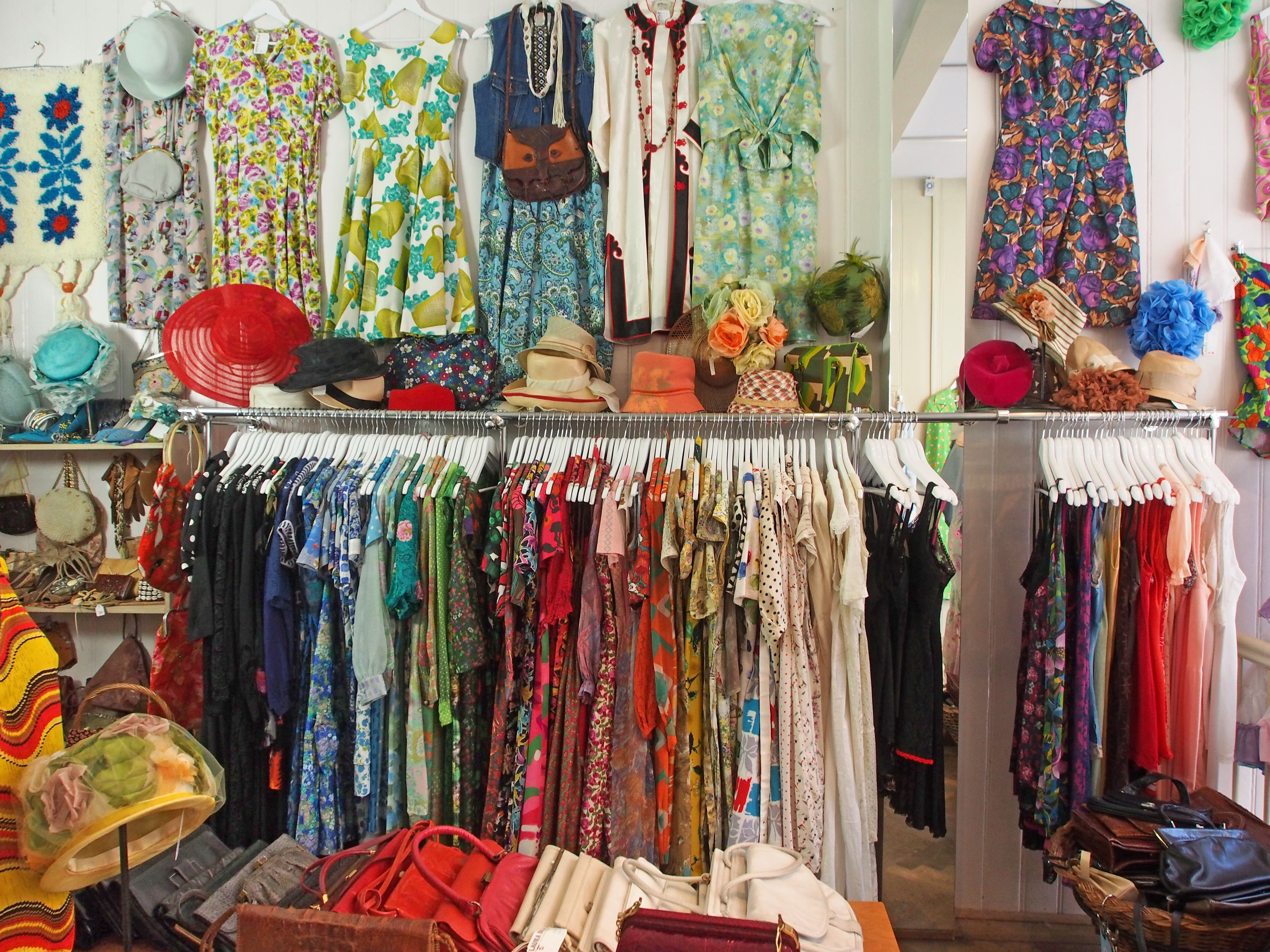 Check Out These Clothing Stores In Amsterdam Vintage Clothes Shop Vintage Store Vintage Clothing Stores