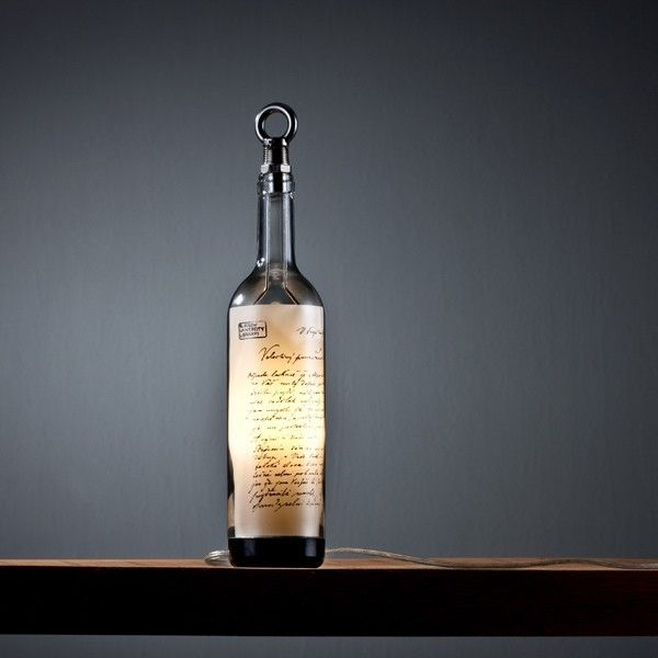 Schicke flaschenlampe aus weinflasche beleuchtung designer explore recycle wine bottles table lamps and more aloadofball Choice Image