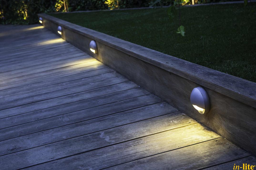 Veiligheid voorop vlonder terras buitenverlichting 12v wandlamp blink tuin - Buitenverlichting design tuin ...