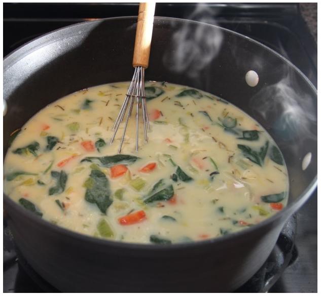 Creamy Chicken Florentine Soup (the healthy way) | SupplementSpot