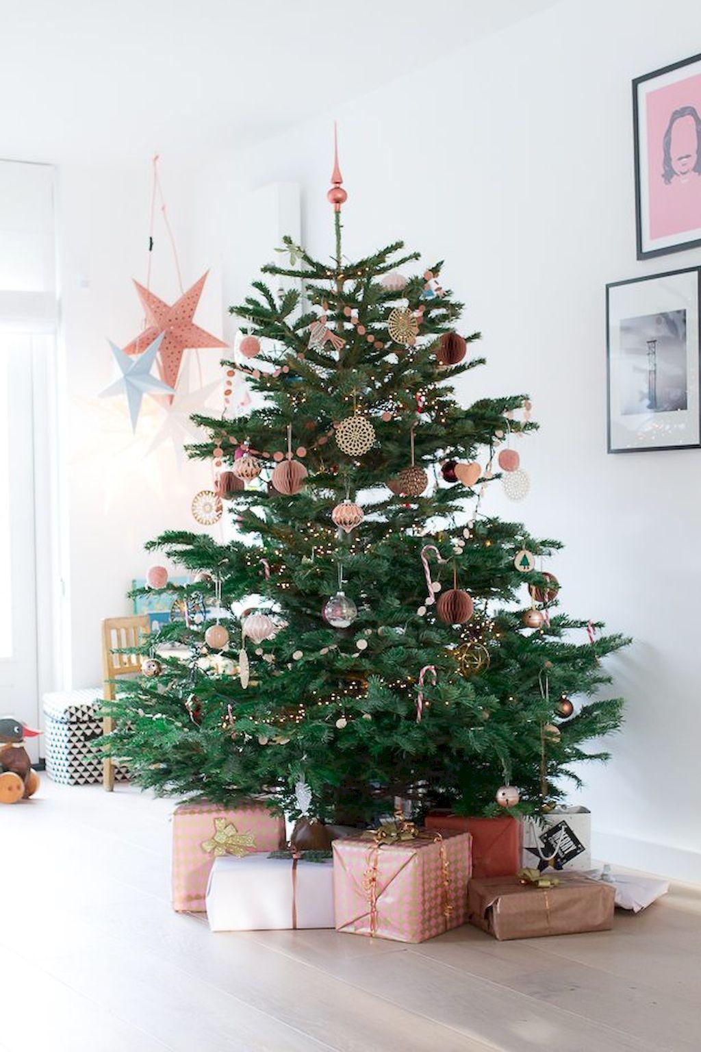 50 Minimalist Scandinavian Christmas Tree Ideas   Scandinavian ...