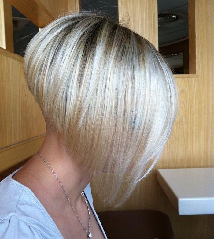 Carré plongeant nuque rasée - le style dans le cou | Coiffures cheveux courts, Coupe de cheveux ...