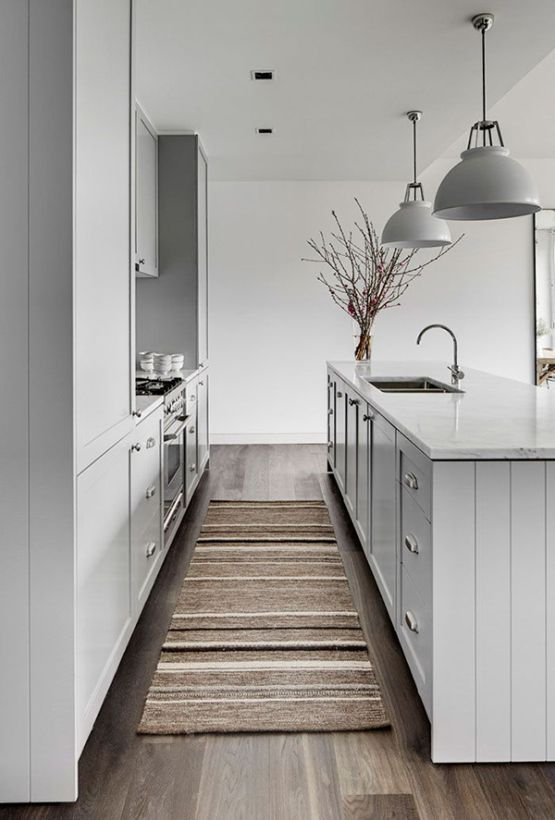 Encimeras y revestimientos en la cocina de m rmol for Cocinas modernas blancas pequenas
