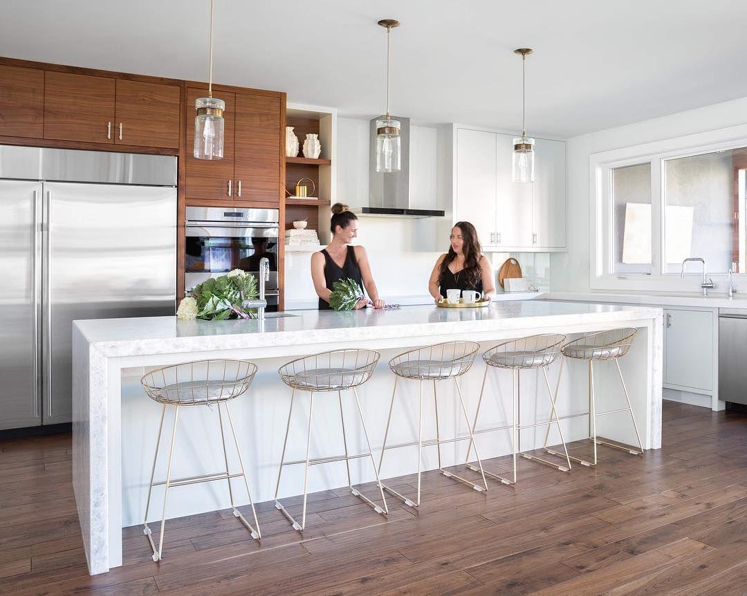 Modern Walnut And White Marble Kitchen By Reena Sotropa In House Design Group Walnut Kitchen White Marble Kitchen House Design