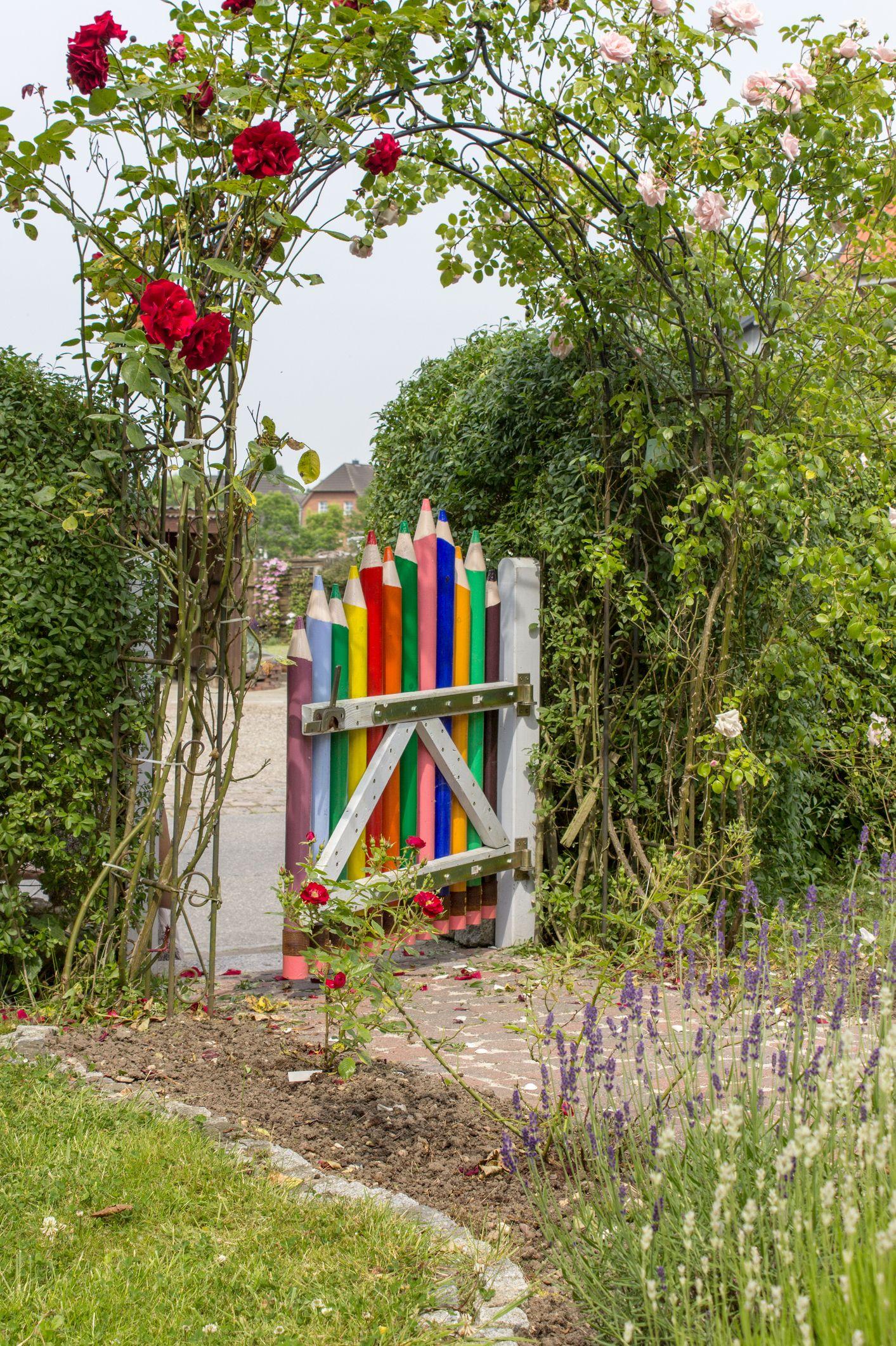 Pencil Fence / Pencil Gate Garden Backyard