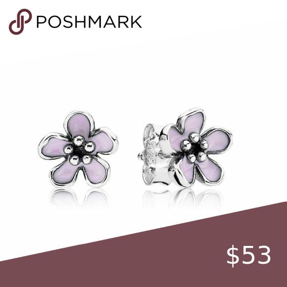Pandora Pink Cherry Blossom Flower Stud Earrings In 2020 Flower Earrings Studs Pandora Pink Flower Studs