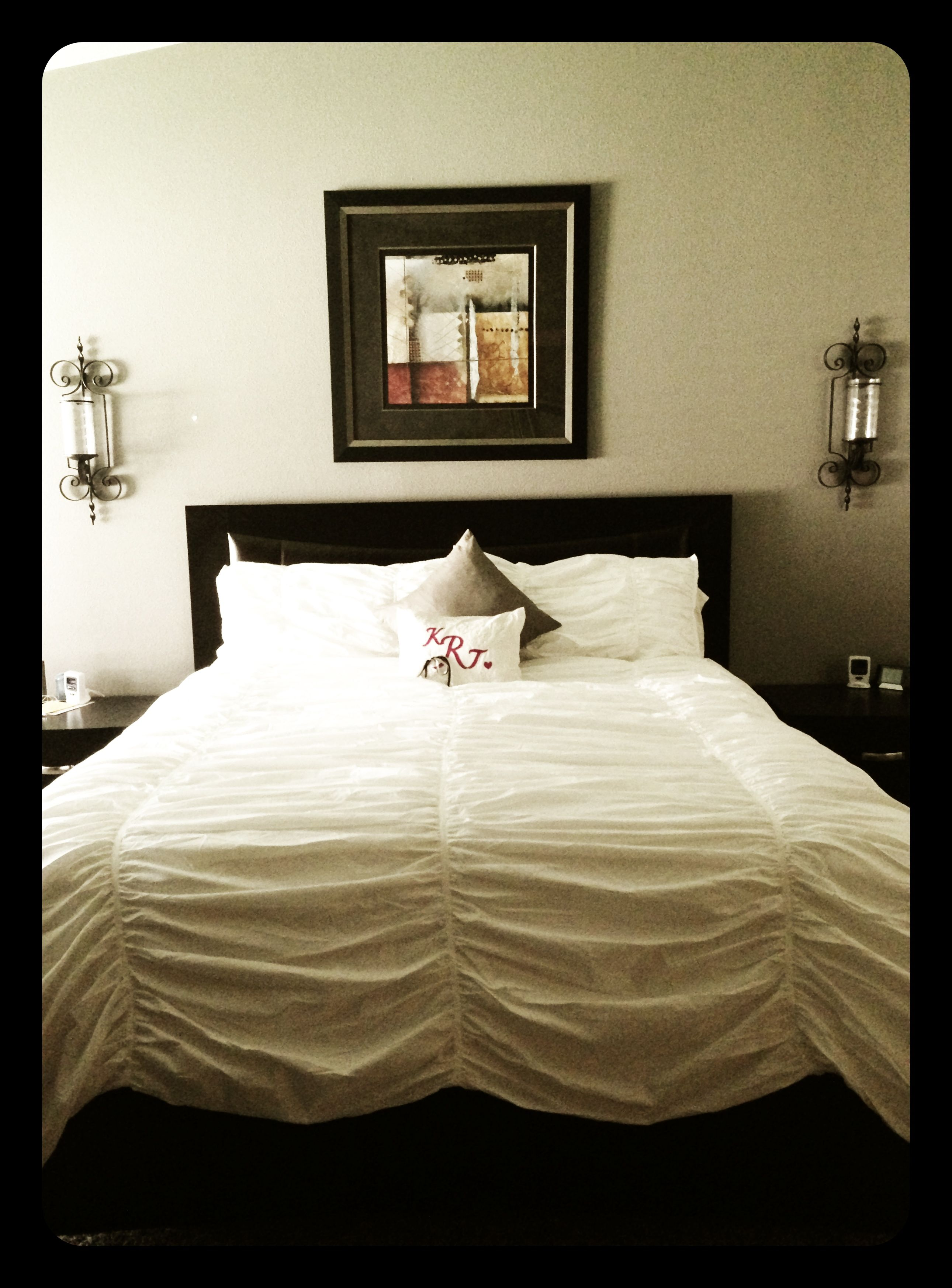 Simple and elegant... | Home, Home decor, Furniture