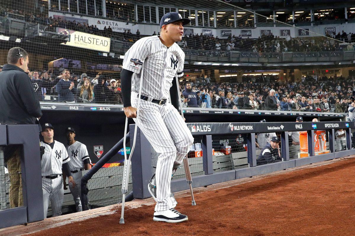 How Dellin Betances Gave His Yankees Teammates A Jolt Yankees Yankee Stadium Dugout