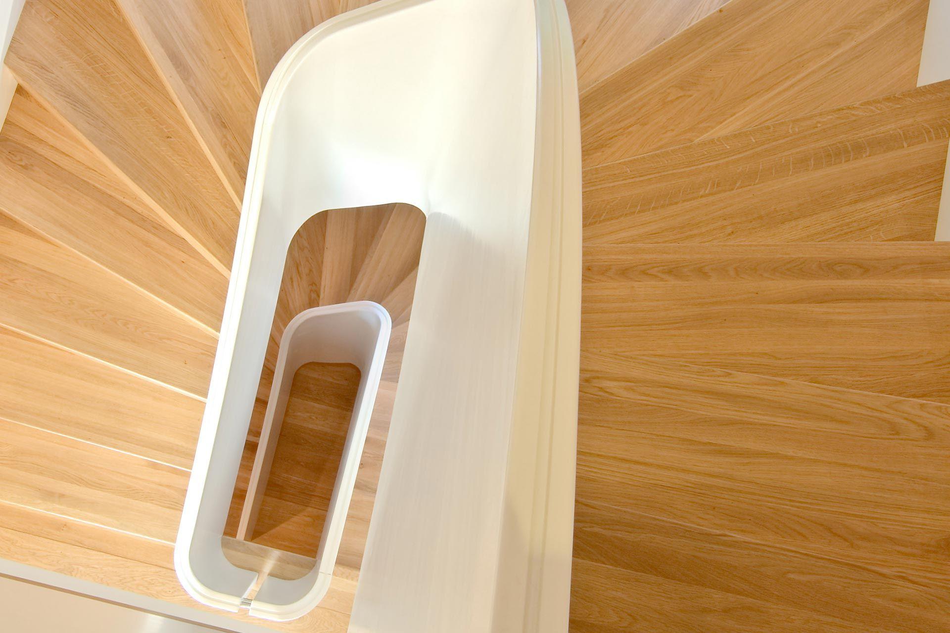Moderne Treppe   Weiß+Holz   Modell June Von Melby Treppen