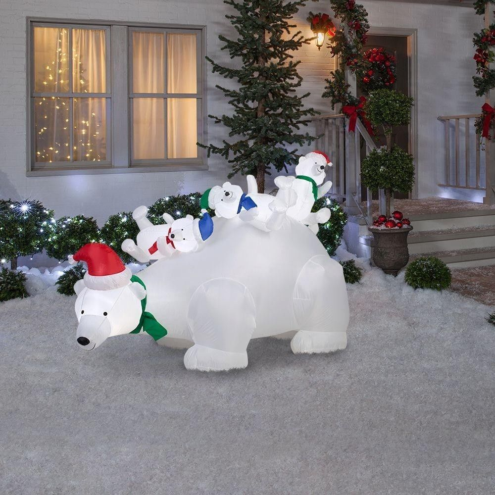 Inflatable outdoor Christmas decorations UK