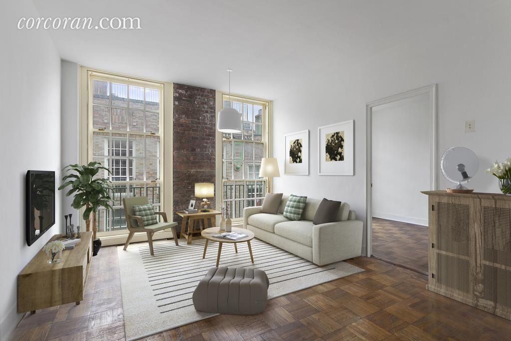 Co-op for sale in Upper East Side, Manhattan for $435,000, 4.5 rooms, 2 beds, 1…