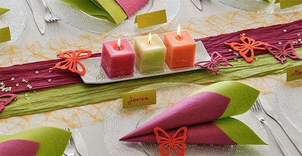 farbenfrohe sommerliche tischdekoration zum geburtstag in orange pink und gr n hier bequem. Black Bedroom Furniture Sets. Home Design Ideas