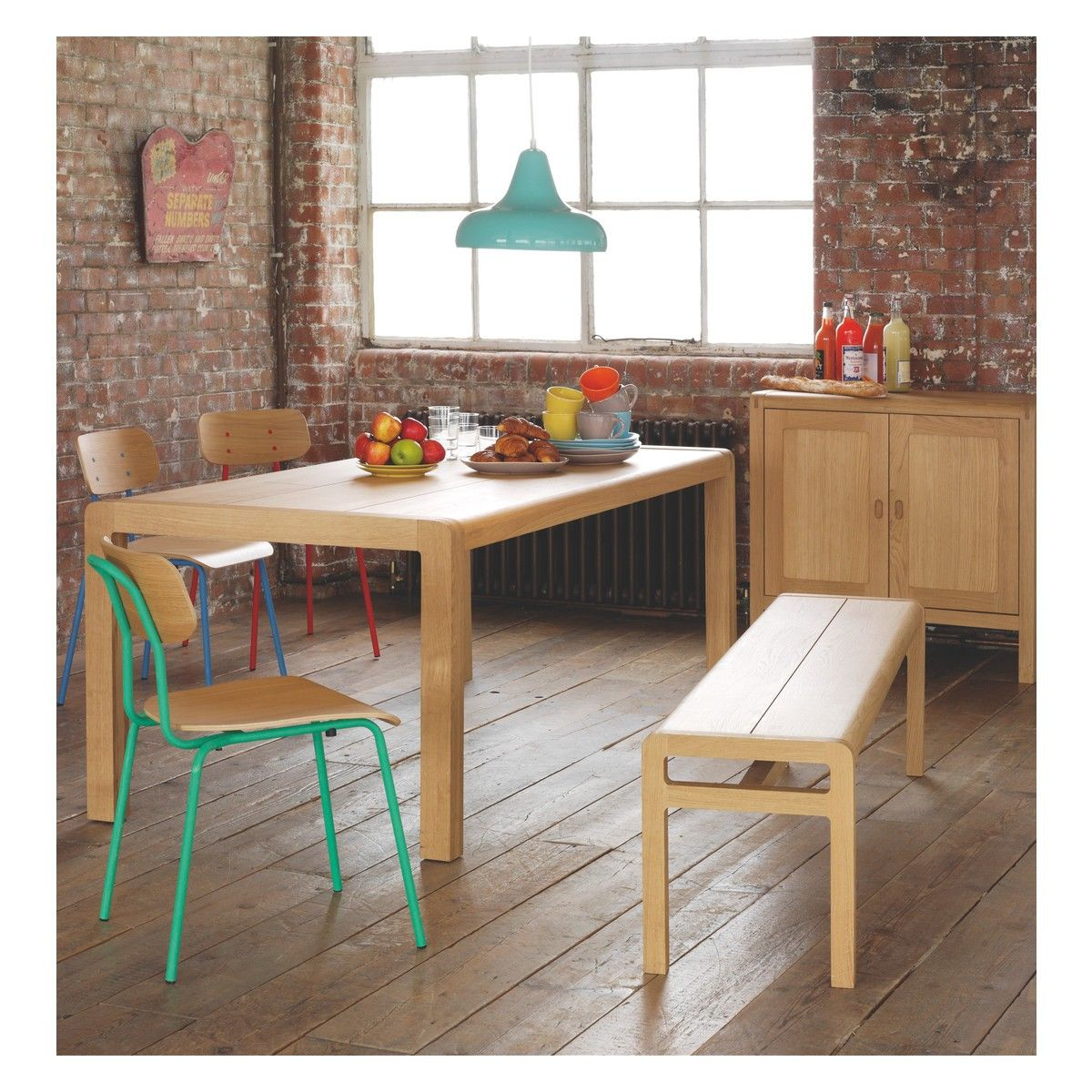 500GBP 90x74x150 50kg Laquered Solid Oak RADIUS 6 Seat Dining Table