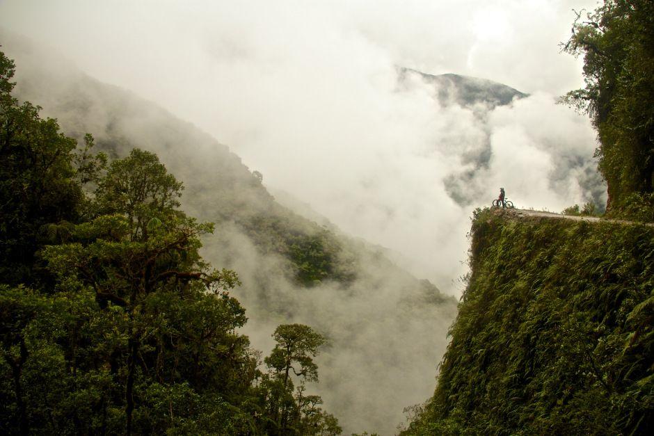 Miss Fogg | Carretera De La Muerte, Bolivia