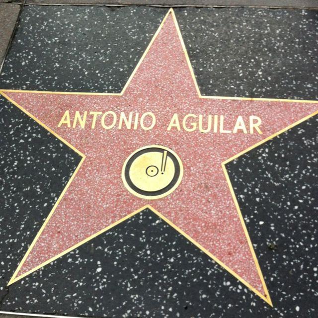 Resultado de imagen para antonio aguilar estrella en hollywood