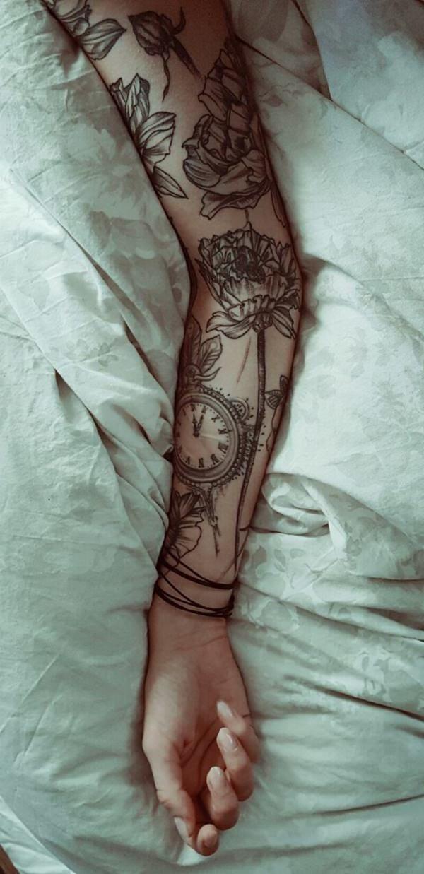 die besten 100 tattoo ideen f r frauen und m nner blumen tattoo tattoo motive und tattoo. Black Bedroom Furniture Sets. Home Design Ideas