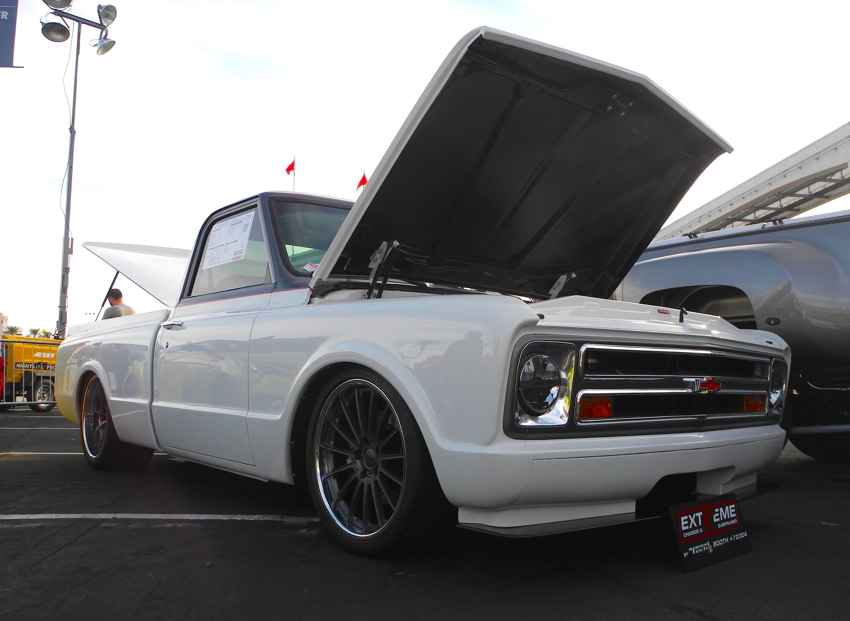 1977 chevy c10 stepside car interior design - Tom Argue Design Debuted This 68 Chevy C10 At The 2015 Sema Show It S