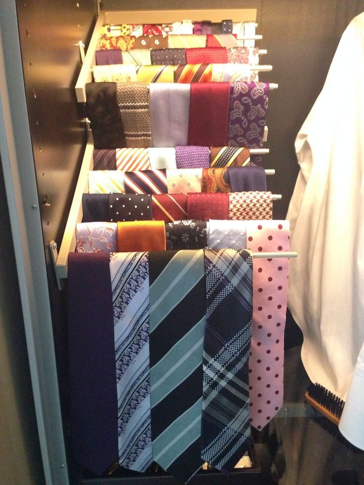 pax tie rack from komplement pants hangers ikea hack ikea detournments recyclage pinterest. Black Bedroom Furniture Sets. Home Design Ideas