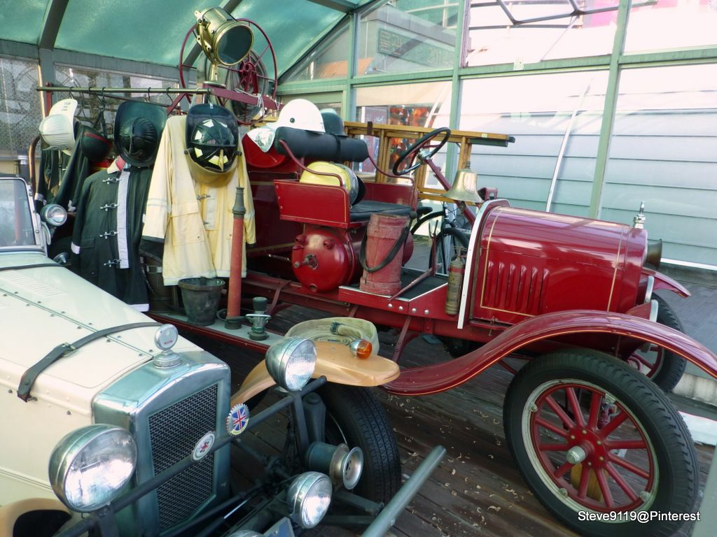 Old Fire Truck @  Edison Museum, Gangneung, South Korea