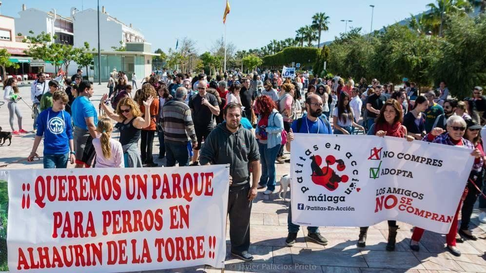 End the slaughter of abandoned animals in Alhaurin de la Torre and get canine parks