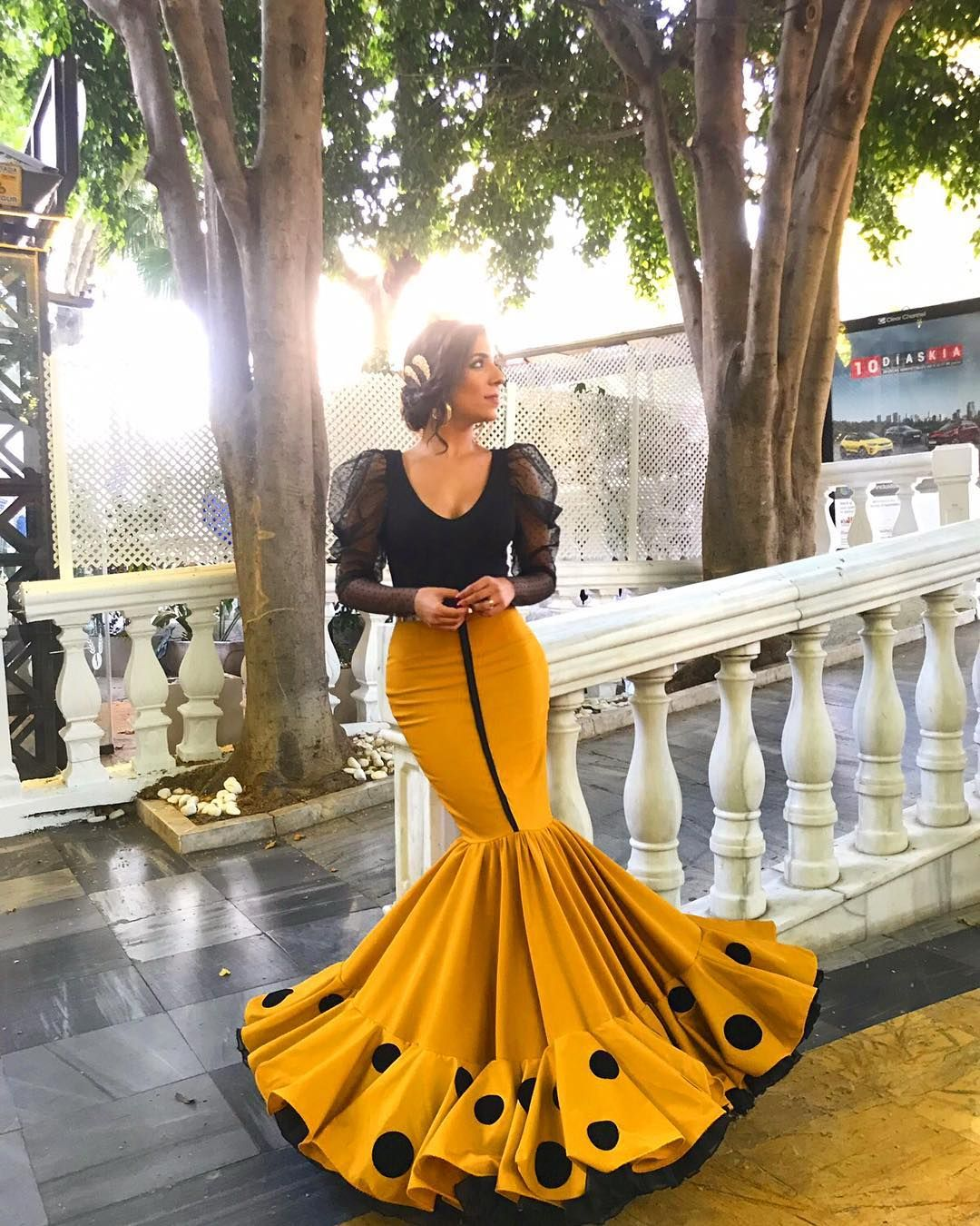 2 836 Me Gusta 41 Comentarios Jorge Sanchez Diseño Y Moda Jorgesanchezdym En Instagram Flamenc Woman Suit Fashion Flamenco Dress African Prom Dresses