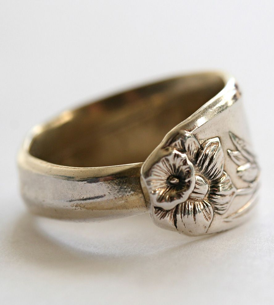 Vintage Daffodil Spoon Ring | Jewelry Rings | Dora Lou | Scoutmob Shoppe | Product Detail