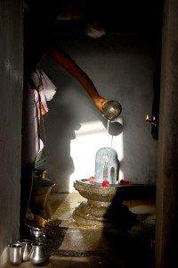 Suraikayur Templehttps://ramanan50.wordpress.com/2014/02/10/where-ram-was-healed-sun-bathes-shiva/