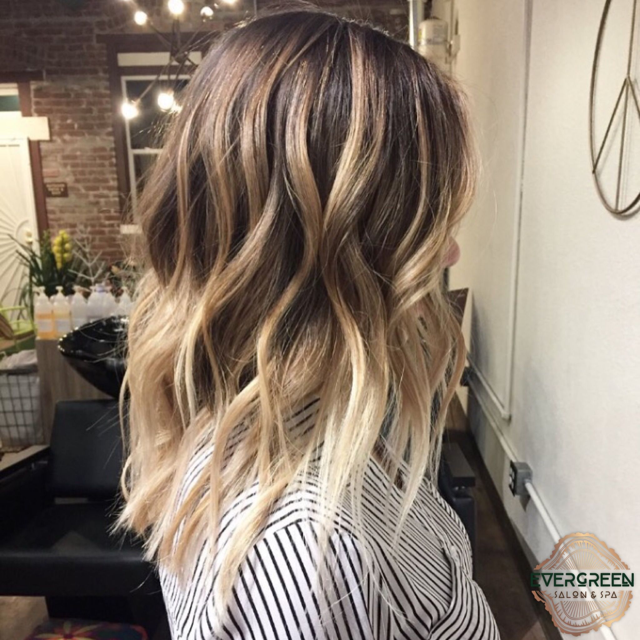 Brown Blonde Balayage Medium Length Long Curls Hair Brown To Blonde Balayage Blonde Balayage Long Curls