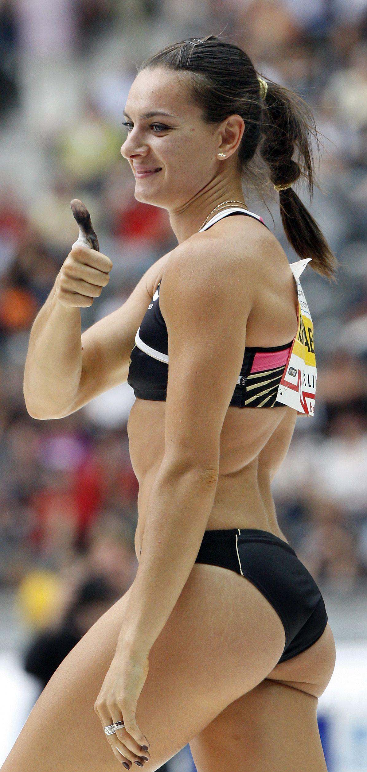 Youtube Russian Woman Pole Vaulter 16
