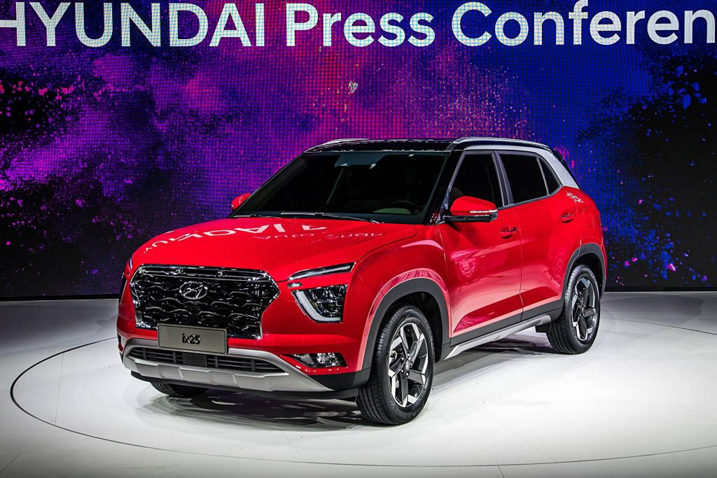 All New Hyundai Ix25 Is A Bold Looking Subcompact Crossover Carmojo The Second Generation Hyundai Ix25 Creta Looks Mu New Hyundai Hyundai Cars Subcompact